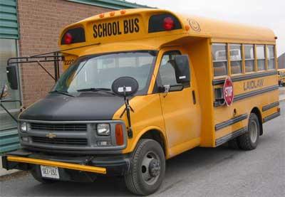 حافلة مدرسية ذات ذراع تمديد، اختراع دانيال باكيت - (Photo: Transport Canada)