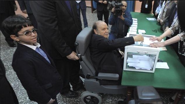 الرئيس الجزائري عبد العزيز بوتفليقة المنتهية ولايته الرابعة (أرشيف) - Photo : Sidali Djarboub