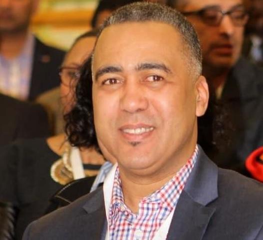 محمد برهون وهو ومؤسس ورئيس جمعية Racines جذور - Facebook