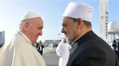 البابا فرنسيس والشيخ الدكتور أحمد الطيّب في أبو ظبي في 04-02-2019/Tony Gentile/Reuters