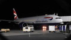 طائرة من طراز بوينغ 777 تابعة للخطوط الجويّة البريطانيّة هبطت اضطراريا في مطار سانت جونز في مقاطعة نيوفاوندلاند في 19-03-2019/CBC/Fred Hutton/هيئة الاذاعة الكنديّة