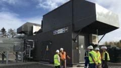 يُحوَّل غاز الميثان المسترجع في هذه البناية إلى كهرباء - Courtesy : Gena Alderson