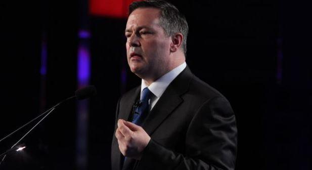زعيم حزب المحافظين في ألبرتا جايسون كيني لن يتساهل في حال انتخابه