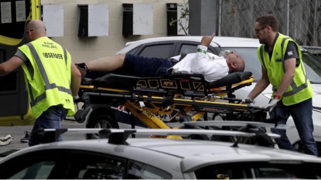 هجوم على مسجدين في نيوزيلندا يسفر عن مقتل 49 شخصا واصابة 20 آحرين بجروح حقوق الصورة CBC