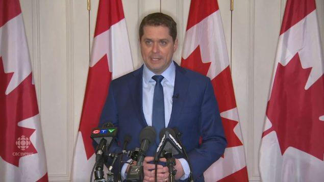 اندرو شير زعيم حزب المحافظين يتحدّث في مؤتمر صحفي في تورونتو في 05-03-2019/CBC/هيئة الاذاعة الكنديّة