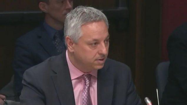 دفيد فينيو، مدير وكالة الاستخبارات الكندية - CBC / Senate TV