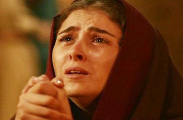 الممثلة التونسية الشابة عائشة بن أحمد في دور القديسة مونيكا والدة القديس أوغسطينوس، وقد تقمّصت الشخصية ببراعة وإجادة ونجحت في تجسيد المراحل العمرية المتعددة للشخصية.
