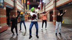 فرقة رقص هندية مكوّنة من نحو من 15 طالبا هنديا من جامعة كيب بريتون في مقاطعة نوفاسكوشا – Radio Canada