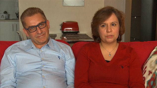 الدكتورة منار الفرّا وزوجها الدكتور غطفان شعبان اغيّرا اختصاصهما للانخراط في مهنة الطبّ في كيبيك/Radio-Canada
