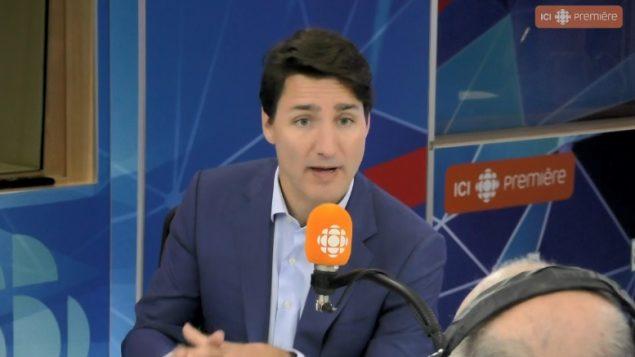 جوستان ترودو، رئيس الحكومة الكندية نزل ضيفا أمس الاثنين على هيئة الإذاعة الكندية في استوديوهات مونتريال - Radio Canada