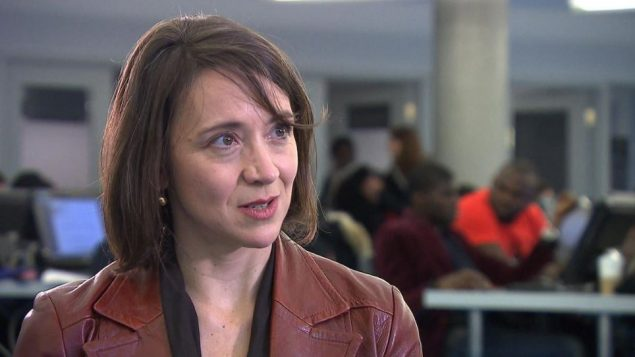 نائبة رئيس اللجنة الاستشارية ناتالي بروفو التي قدمت استقالتها من اللجنة/راديو كندا