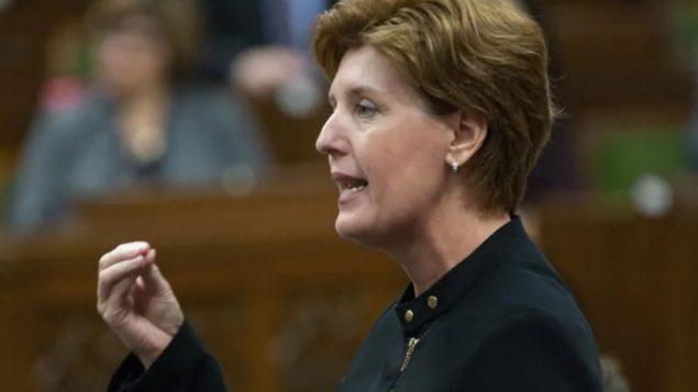 وزيرة الزراعة الكنديّة ماري كلود بيبو/Adrian Wyld/C/ }؛