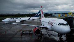 دخول شرعة المسافرين حيز التطبيق في الشق الأول منها وتحذير شركات الطيران من مغبة عدم التقيد بها/الصحافة الكندية