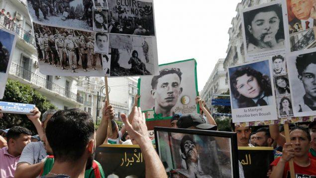 جانب من مظاهرة في الجزائر العاصمة هذا الجمعة 5 يوليو تموز 2019 - AP Photo / Toufik Doudou