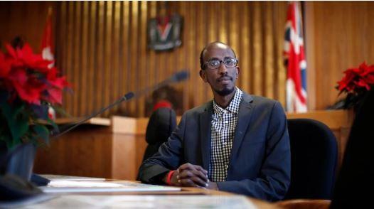 شارمارك دوبو، عضو المجلس البلدي في فيكتوريا - The Canadian Press / Chad Hipolito