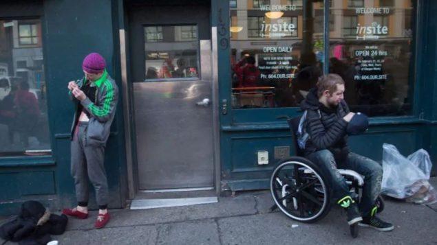 حيّ داون تاون ايست سايد في فانكوفر يعاني من أزمة أشباه الأفيونيّات/Darryl Dyck/CP
