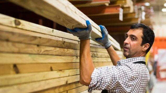 هناك حوالي 120.000 وظيفة شاغرة في كيبيك - Getty Images / Juan Monino