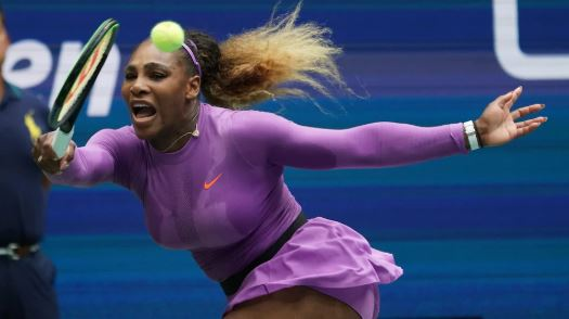 فازت وليامز بأول لقب لها في البطولات الاربع الكبرى في بطولة الولايات المتحدة المفتوحة في سبتمبر أيلول عام 1999. قبل أقل من عام من ولادة بيانكا أندريسكو في يونيو 2000 - AFP / TIMOTHY A. CLARY