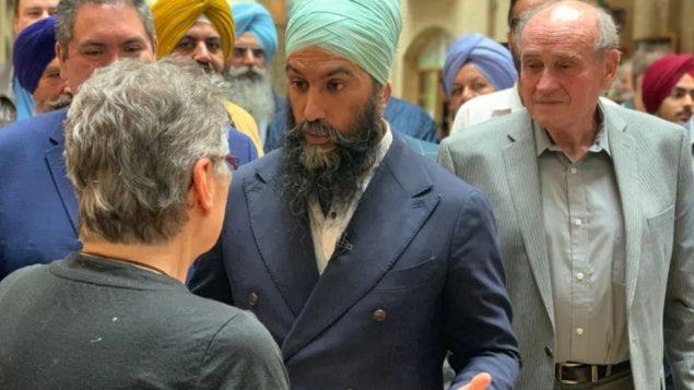 زعيم الديمقراطيّين الجدد جاغميت سينغ انتقد موقف منافسيه الزعيم الليبرالي جوستان ترودو وزعيم المحافظين أندرو شير من أزمة التغيّر المناخي/Bryce Hoye/CBC/ هيئة الاذاعة الكنديّة