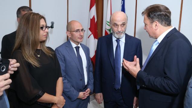 رئيس حزب القوّات اللبنانيّة سمير جعجع (الثاني من اليمين) وقنصل لبنان العام في مونتريال أنطوان عيد وزوجته في 08-10-2019/ Nicolas Dib