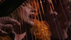 """""""الأرواح الضائعة"""" عنوان الجولة الفنية الحالية لسيدة القيثارة النجمة الكندية لورينا ماكينت وينتظرها أهل مونتريال الأربعاء المقبل 30 تشرين الأول/أوكتوير/CBC"""