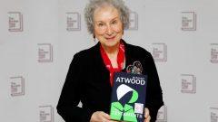 الكاتبة الكندية مارغريت آتوود - (أرشيف) - AFP VIA GETTY IMAGES TOLGA AKMEN /