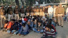 ألقت شرطة نيودلهي القبض على 32 شخصًا وأغلقت مركز اتصال مختص في خداع الكنديين - Delhi West Delhi DCP / Twitter