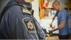 يجد ثلثا السجناء الذين أعيد تأهيلهم عملا بعد خروجهم من السجن حسب مصلحة السجون الكنديّة/Nicolas Steinbach/Radio-Canada