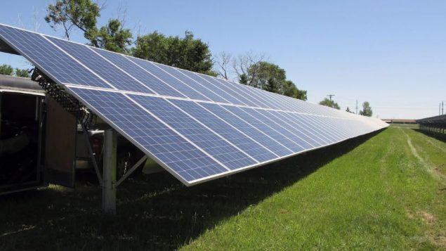 فانكوفر تحتضن مؤتمر الطاقة النظيفة الذي يدوم ثلاثة أيام - The Associated Press / Dave Kolpack
