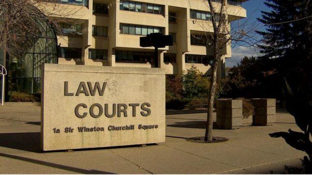 الخلاف حول دستوريّة ضريبة الكربون التي فرضتها الحكومة الكنديّة على عدد من المقاطعات انتقل إلى المحاكم/Radio-Canada