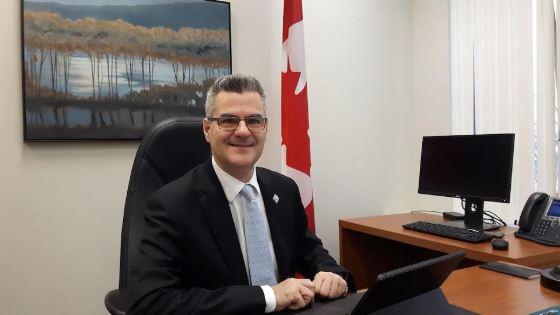إريك كير ، الوزير المفوض المكلّف بالتحول الرقمي الحكومي في حكومة كيبيك- Radio Canada / Alexandre Duval