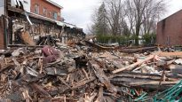 مبنى جمعيّة صندوق غرب مونتريال الذي دمّره الحريق/Alexandre Letendre/Radio-Canada