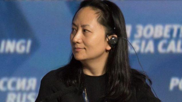 مينغ وانتشو المديرة الماليّة لشركة الاتّصالات الصينيّة العملاقة هواوي التي اعتقلتها كندا في مطار فانكوفر بناء على طلب من الولايات المتّحدة/Reuters / Alexander Bibik