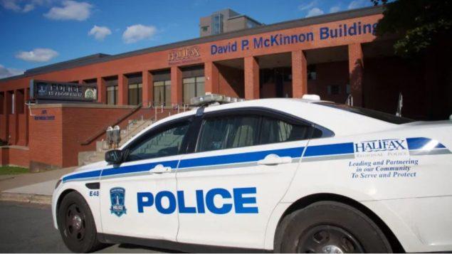 17 شرطيّا واجهوا تهم ارتكاب جرائم جنائيّة في هاليفاكس منذ 6 أعوام/Robert Short/CBC