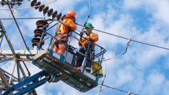 في الساعة 11 صباحًا، أبلغت شركة توزيع الكهرباء في أونتاريو، هايدرو وان، عن أكثر من 200 انقطاع للكهرباء في جميع أنحاء جنوب وشمال شرق أونتاريو - Photo : Hydro One