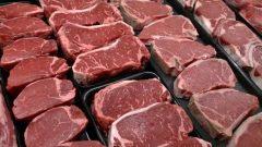 قد يرتفع سعر لحوم البقر ولحم الخنزير، على وجه الخصوص، بنسبة تصل إلى 6 ٪ - The Canadian Press / J Scott Applewhite