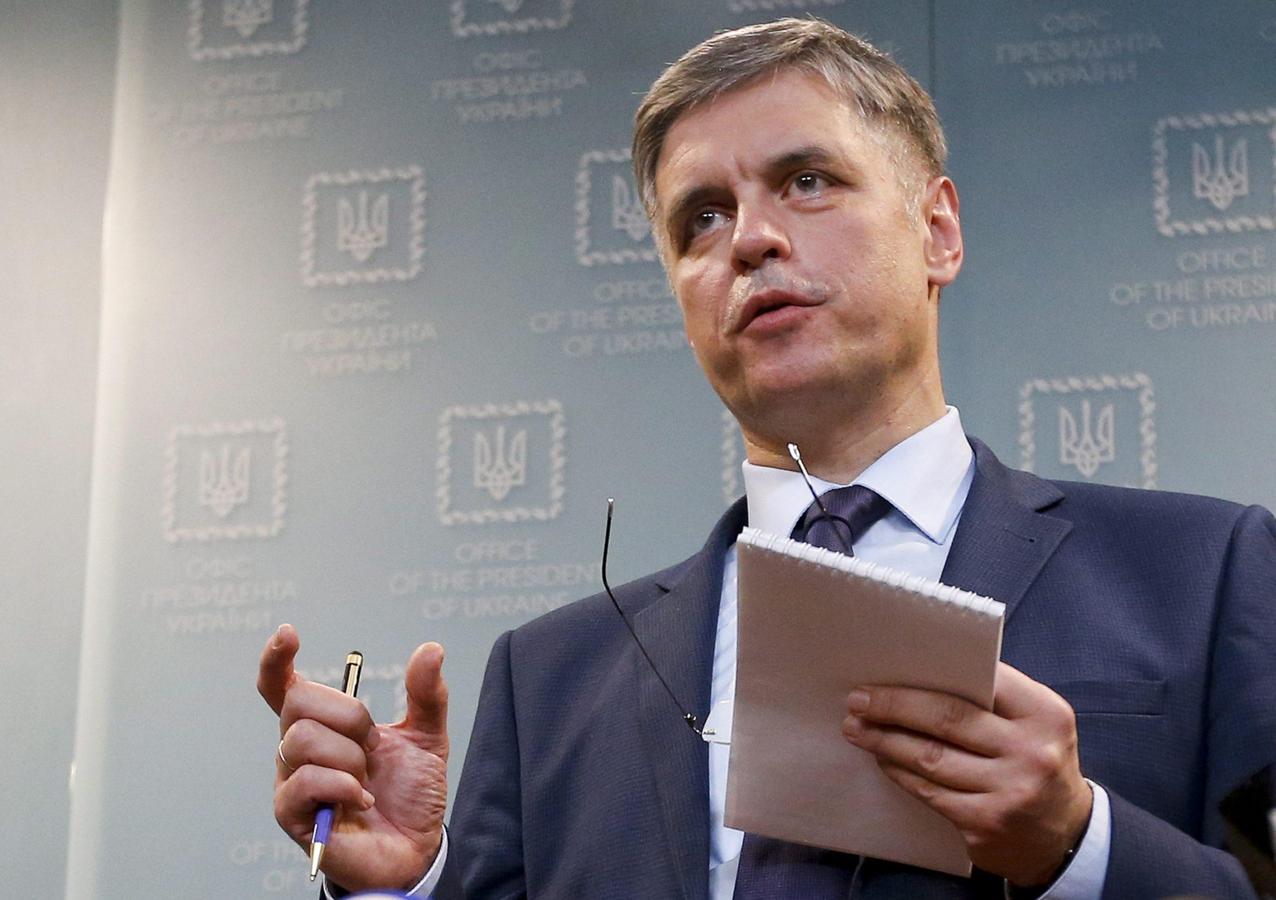 فاديم بريستايكو، وزير خارجية أوكرانيا يوم الجمعة 10.01.2020 في كييف - AP Photo/ Efrem Lukatsky
