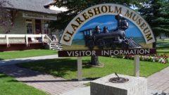 تلقّت البلدة التي يقطنها 3.800 نسمة أكثر من 4.600 طلب هجرة من من 70 دولة - Photo : Travel Alberta