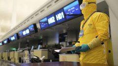 يتعين على كندا انتظار الضوء الأخضر من سلطات مطار ووهان. ويأمل المسؤولون الكنديون أن تقلع الطائرة مساء الخميس - The Canadian Press / AP Photo / Arek Rataj