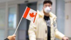 قالت وزارة الخارجية الكندية إن 325 كنديًّا يرغبون في مغادرة مقاطعة هوبي، بؤرة فيروس كورونا - Reuters / Carlos Osorio