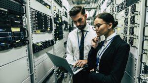 تعرض وكالة المخابرات الأمنية الكندية وظائف في مجال الأمن القومي، وخاصة تكنولوجيا المعلومات والبيانات الضخمة والأمن السيبراني - iStock / Vasyl Dolmatov