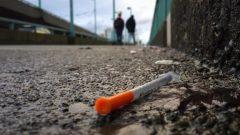 منذ عام 2016، توفي أكثر من 5.000 شخص بسبب جرعات زائدة من المخدرات غير المشروعة في بريتيس كولومبيا - Radio Canada / Rafferty Baker / CBC