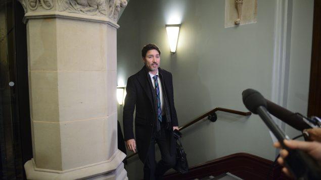 رئيس الحكومة الكنديّة جوستان ترودو لدى وصوله إلى مقرّ البرلمان في أوتاوا في 20-02-2020/Sean Kilpatrick/CP