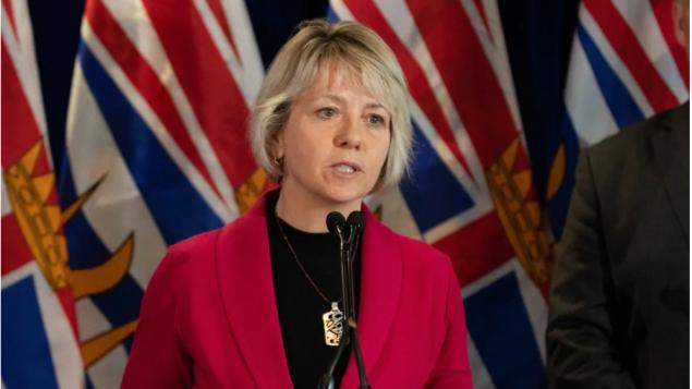 د. بوني هنري رئيسة الخدمات الطبيّة في بريتيش كولومبيا أكّدت على ضرورة التعامل بحزم لمواجهة انتشار فيروس كورونا المستجدّ/Maggie MacPherson/CBC/هيئة الإذاعة الكنديّة