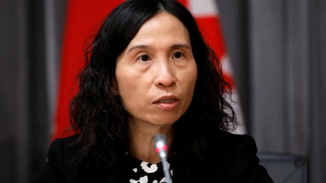 دزتيريزا تام مديرة وكالة الصحّة العامّة دعت الكنديّين إلى الالتزام بتوصيات السلطات الصحيّة حرصا على سلامتهم/Blair Gable/Reuters