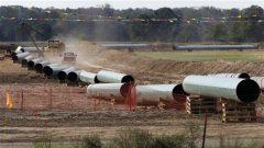 أنبوب كيستون إكس إل ينقل النفط من ألبرتا نحو مصافي النفط في جنوب الولايات المتّحدة/ CP / Tony Gutierrez