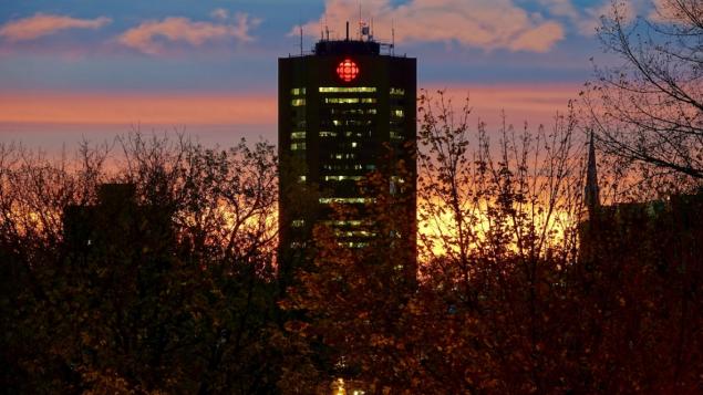 هيئة الإذاعة الكنديّة كشفت عن حالتي إصابة في مقرّها في مونتريال/Simon Marc Charron/Radio-Canada