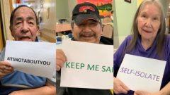 نزلاء أحد مراكز رعاية المسنّين ينظمون حملة على مواقع التواصل الاجتماعي حول أهمية التباعد الاجتماعي للوقاية من كوفيد 19 (مركز الرعاية في محمية ويكويمكونغ في شمال أونتاريو) – Photo : Wikwemikong Nursing Home