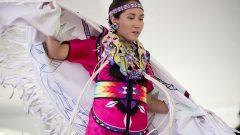 يحيي السكّان الأصليّون في الانقلاب الصيفي عيدهم الوطني /Justin Tang/CP