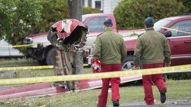 تحطّمت الطائرة التابعة لفرقة سنوبيردز الكندية في منطقة سكنية في بريتيش كولومبيا - Jonathan Hayward / The Canadian Press